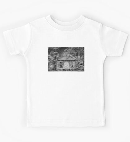 A Peeling Symmetry Kids Tee