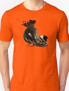 Salvage On The Ocean Floor  T-Shirt
