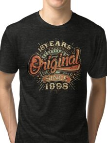 Used look 18th Birthday - Original since 1998 - Birthday gift Rahmenlos Tri-blend T-Shirt