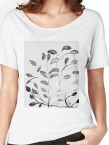 Red and Green Leaves! Romantic Silver Grey! Women's Relaxed Fit T-Shirt