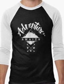 Adventure Awaits You - Cool Outdoor Shirt-Design Men's Baseball ¾ T-Shirt