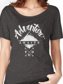 Adventure Awaits You - Cool Outdoor Shirt-Design Women's Relaxed Fit T-Shirt