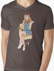 Vintage Taylor Swift Mens V-Neck T-Shirt