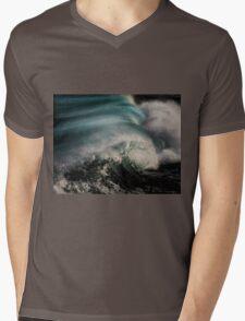 Breaking Wave Mens V-Neck T-Shirt
