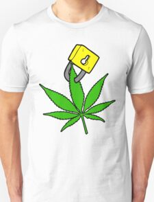 Free the weed Design #2 T-Shirt