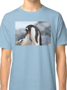 "Gentoo Penguin and Chick ~ ""Meals Home Delivered"" Classic T-Shirt"