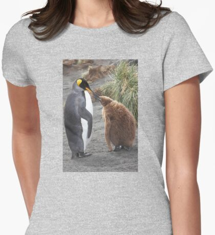 King Penguin and chick ~ Meal Time T-Shirt