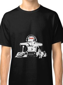 DJ Max in the house (dark) Classic T-Shirt