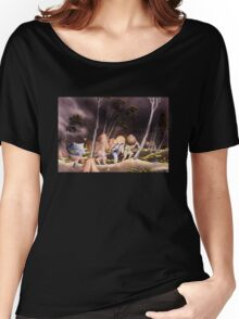 'Peasants Surprised by a Violent Storm' by Katsushika Hokusai (Reproduction) Women's Relaxed Fit T-Shirt