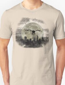 Ryuk & the Moon, fly by night, under darck city Unisex T-Shirt