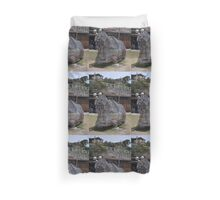 20151031 Sculptures By Sea - Big Pig Yawning  Duvet Cover