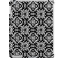 Abstract black and white pattern in ethnic style iPad Case/Skin