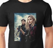Cassie and evan walker the 5th wave Unisex T-Shirt