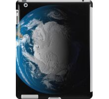 Ful Earth showing simulated clouds over Antarctica. iPad Case/Skin