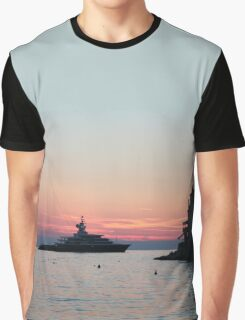 Boat meets town Graphic T-Shirt
