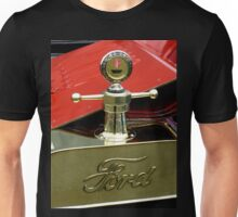 "A 1915 Model T ~ ""Motometer""  which is a ~ Hood Ornament ~ Radiator Cap ~Temperature Gauge~ Unisex T-Shirt"