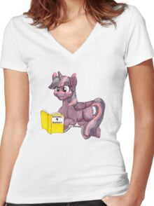 Kissing 4 dummies Women's Fitted V-Neck T-Shirt