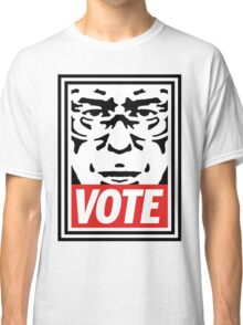 Bernie Obey Shirt - Shepard Fairey Endorses Bernie Sanders Classic T-Shirt