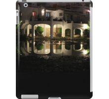 Bridge reflection iPad Case/Skin