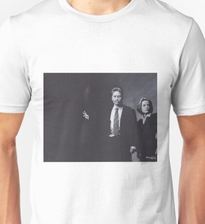 Original Charcoal Drawing of Dana Scully and Fox Mulder from X Files Unisex T-Shirt