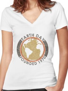 Earth Day: Old School Women's Fitted V-Neck T-Shirt