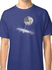 Luna Finds A Drink Classic T-Shirt