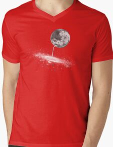 Luna Finds A Drink Mens V-Neck T-Shirt
