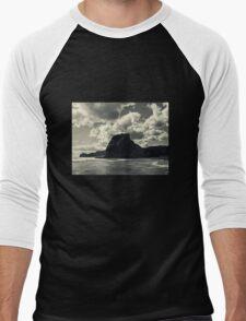 lion rock at piha redux Men's Baseball ¾ T-Shirt