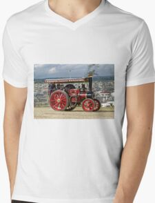 "Burrell 5nhp Road Locomotive No.4093 ""Dorothy"" Mens V-Neck T-Shirt"