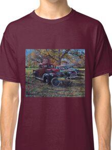 Vintage Sale, artist Lynn Garwood Classic T-Shirt