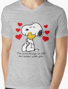 snoopy love Mens V-Neck T-Shirt