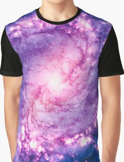Cosmic vacuum cleaner (Spiral Galaxy M83) Graphic T-Shirt