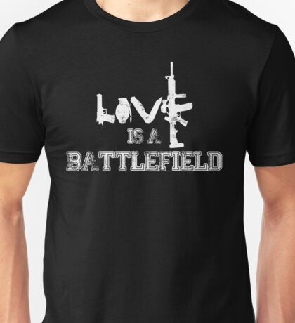 Love is a battlefield - version 2 - white Unisex T-Shirt