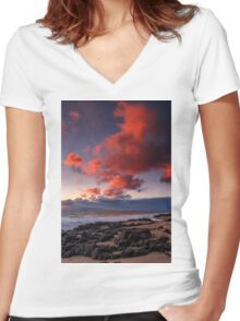 Rocky Sunset Women's Fitted V-Neck T-Shirt