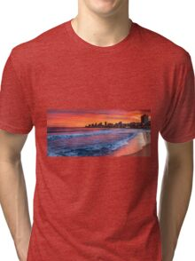 Red sky (and sea) at night Tri-blend T-Shirt