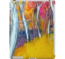 GAMES OF LIGHT AND COLOR IN THE WOODS (GIOCHI DI LUCE E COLORE NEL BOSCO) iPad Case/Skin