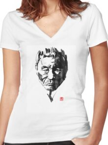 takeshi kitano Women's Fitted V-Neck T-Shirt