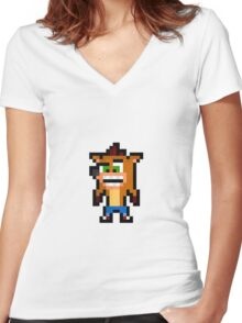 Crash Bandicoot Women's Fitted V-Neck T-Shirt