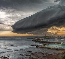 14.1.2015 Wollongong Harbour by 16images