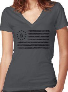 Dont Tread On Me - Original Rebel Flag (Black) Women's Fitted V-Neck T-Shirt