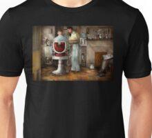 Barber - Our family barber 1935 Unisex T-Shirt