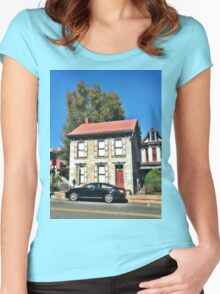 Old Historic House in Annville PA Women's Fitted Scoop T-Shirt