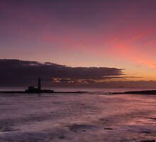 Saint Mary's Lighthouse by Georden