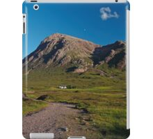Lagangarbh Hut and Buachaille Etive Mor iPad Case/Skin