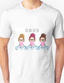 """Geek girls are fun"" Unisex T-Shirt"