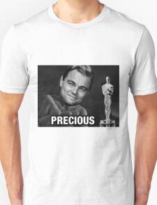 Leonardo reacting to Oscar T-Shirt