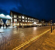 Gloucester Quays  by Rob Hawkins