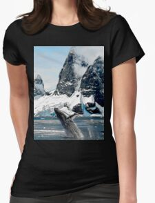 Northern Humpback Womens Fitted T-Shirt