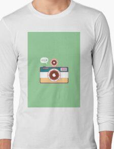 say hello to camera Long Sleeve T-Shirt