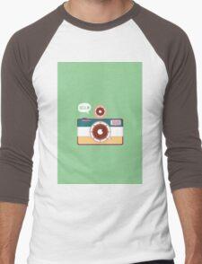 say hello to camera Men's Baseball ¾ T-Shirt